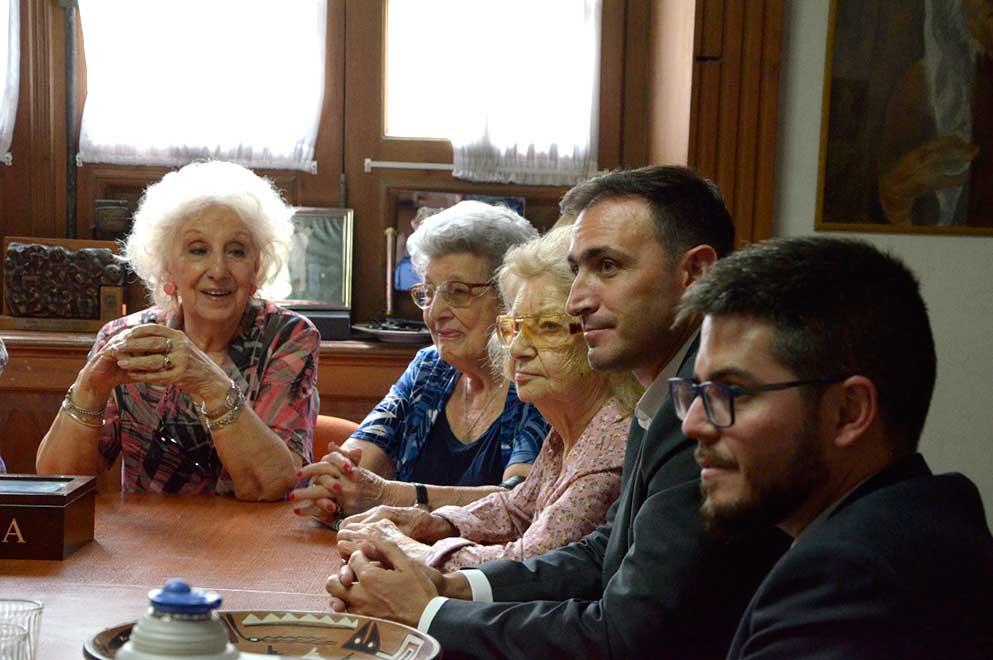 Estela-julián-Calito-y-otras-abuelas